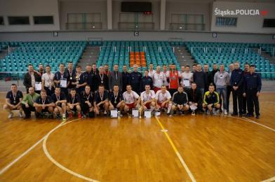 Rybniccy policjanci wicemistrzami Wojewódzkich Mistrzostw Policji w Halowej Piłce Nożnej