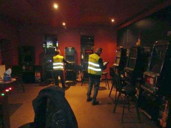 Rybniccy celnicy zatrzymali nielegalne automaty i ruletkę
