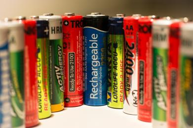 Sadzonki za baterie i tonery