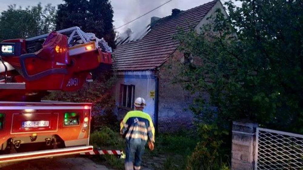 Tragiczny skutek pożaru w Rybniku - jedna osoba społonęła żywcem, trzy zdążyły uciec