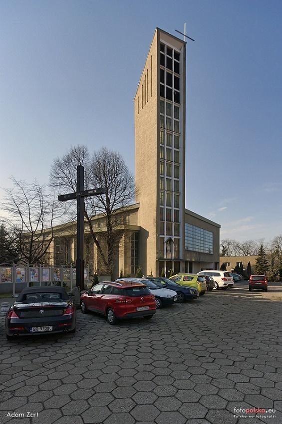 Śródmieście - Kościół pw. Królowej Apostołów