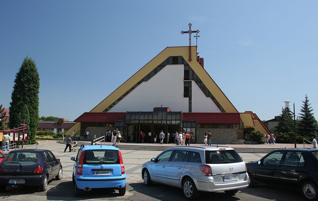 Maroko-Nowiny - Kościół pw. św. Jadwigi Śląskiej